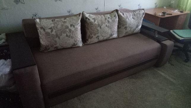 Продам диван состояние отличное