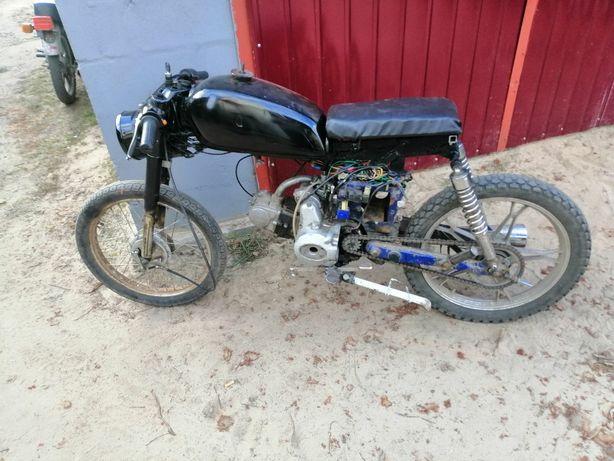 Продам мотоцикл дельта (переделаний)