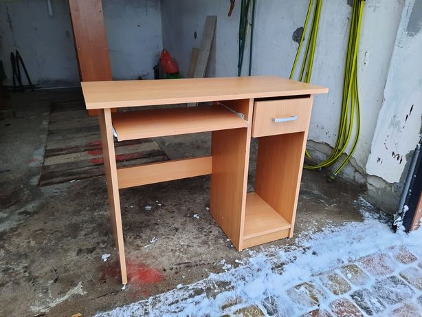 Biurko dla dziecka za darmo.