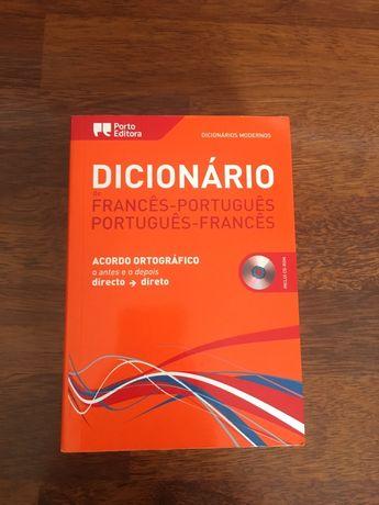 Vende-se dicionario francês-português/português-francês