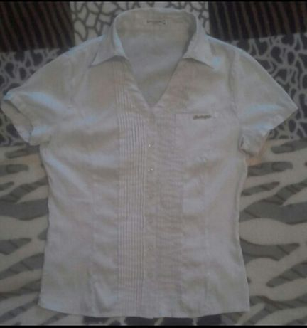 Рубашка белая классическая