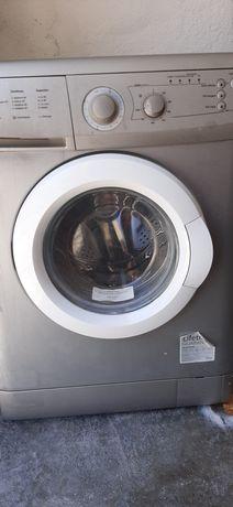 Máquina de lavar roupa  cinza 7kg SMEG