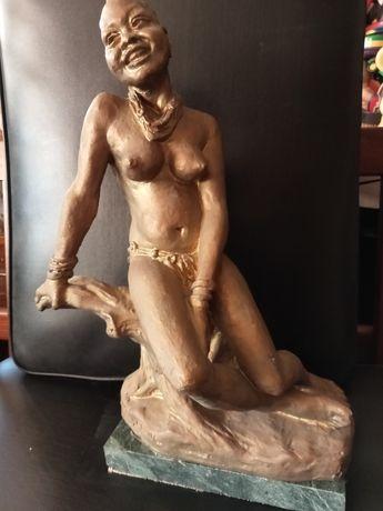 Stara Rzeżba sygnowana Klement Lorenc Akt Afryk. Oryginał Antyk 38,5cm