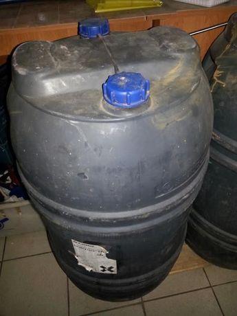 beczki plastikowe 120 litrów oraz metalowe na olej 200 l.