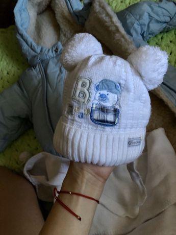 Теплая шапка для новорожденного