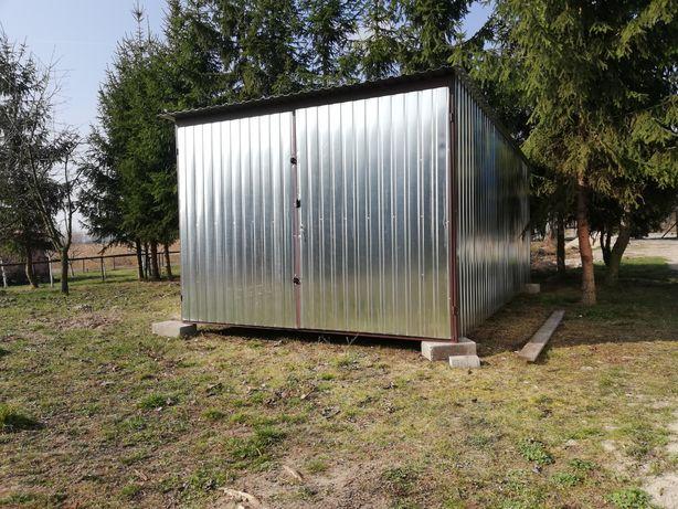 Garaże wiaty kojce
