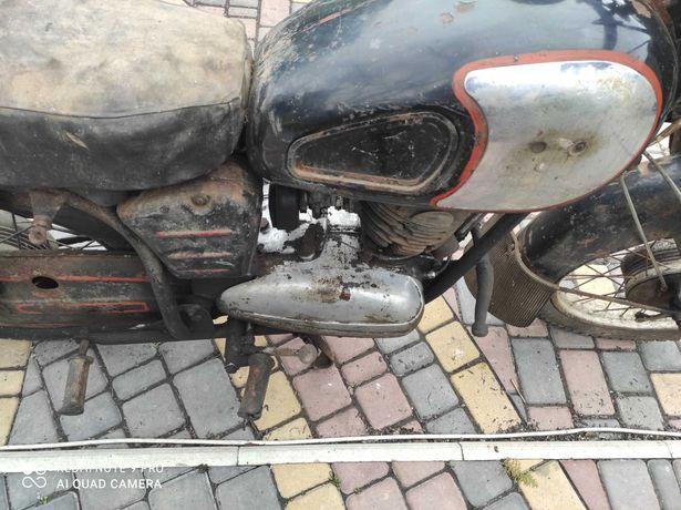 Продам мотоцикл Паннония