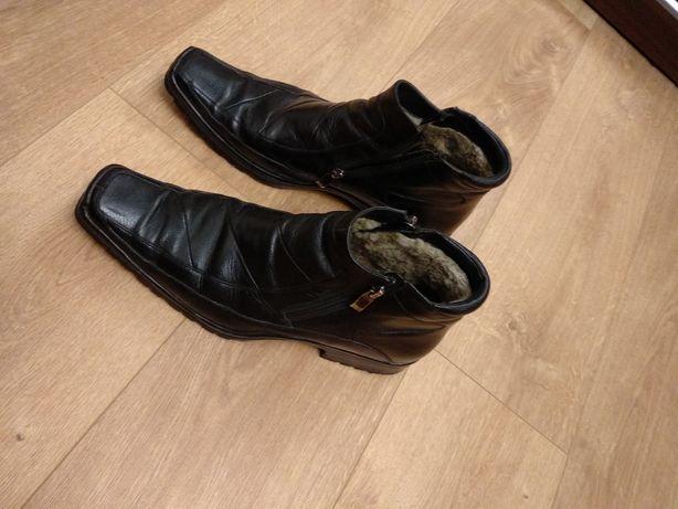 Продам черевики 43 розміру