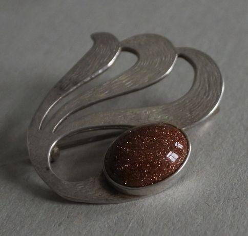 Warmet- piękna stara srebrna broszka
