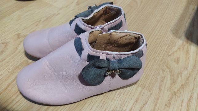 Продам черевички для дівчинки