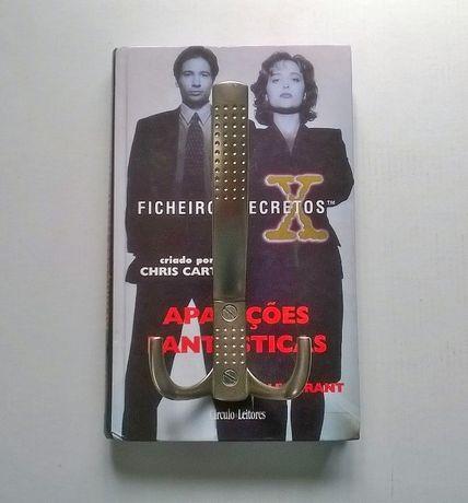 Cabide de Parede feito com livro dos X-Files