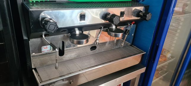 Máquina de café e moinho