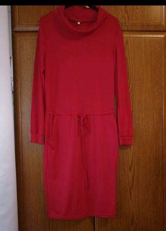 Sukienka z golfem ciążowa