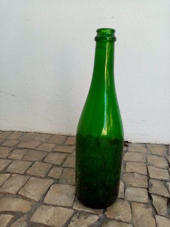 Garrafas e garrafeiras