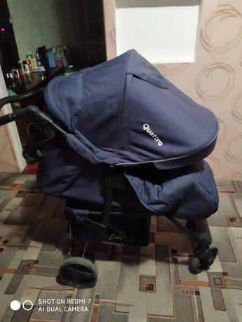 Продам коляску в идеальном состоянии,в подарок комбинезон