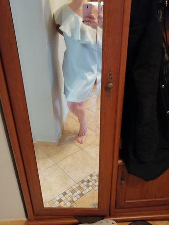 Jasno błękitna sukienka