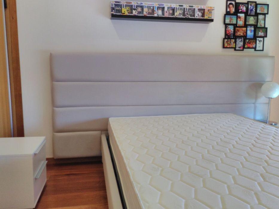 Cama Estofada Nova + Estrado + Colchão (Fabricante)