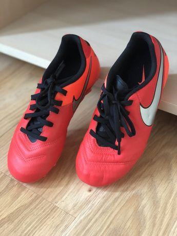 Бутсы футбольные Nike Tiempo, буци