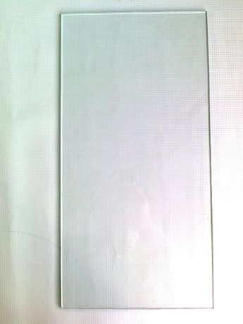 Полки стеклянные 45х23 см, толщина 4 мм.