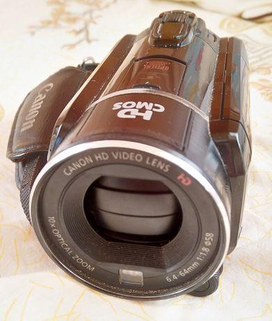 Відеокамера Canon HF S21