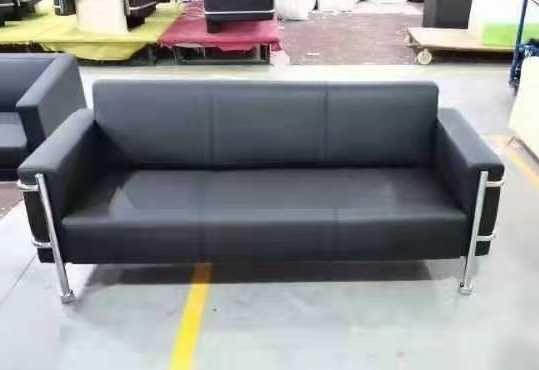 Sofa trzyosobowa do biura, salonu S11 - nowa, eksluzywna