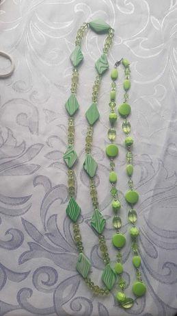 Wisiorki zielone ładne