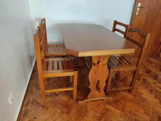 Conjunto Mesa madeira maciça + 4 cadeiras