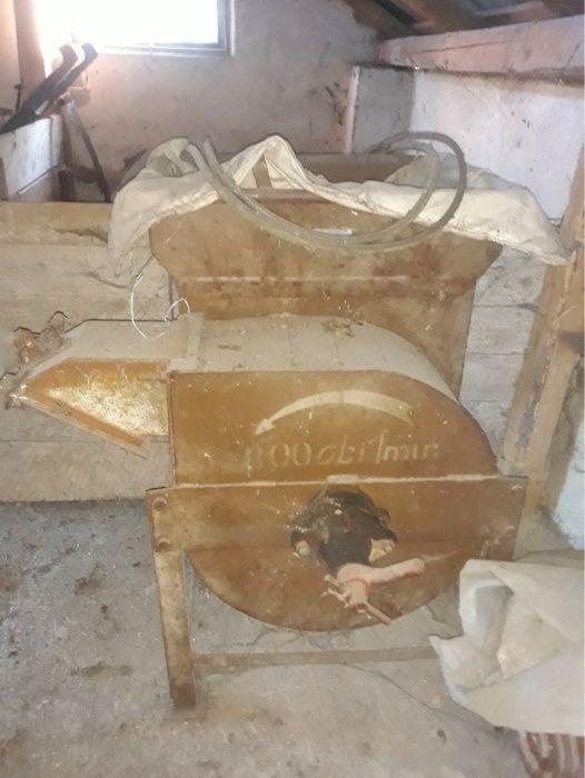 Śrutownik na kamienie silnik 4,5 kw Boguchwała - image 1