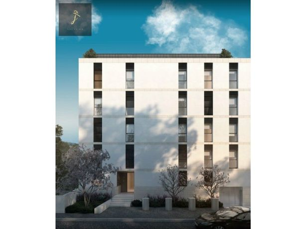 Apartamento T3 com lugar de garagem e arrumo Porto (Paran...