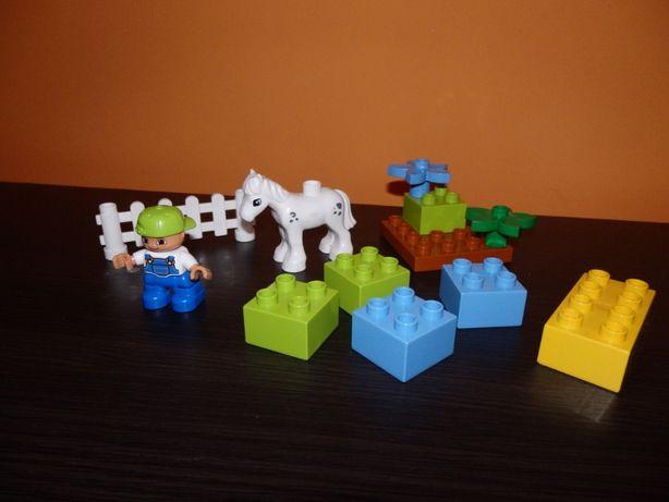 Lego Duplo chłopiec z kucykiem