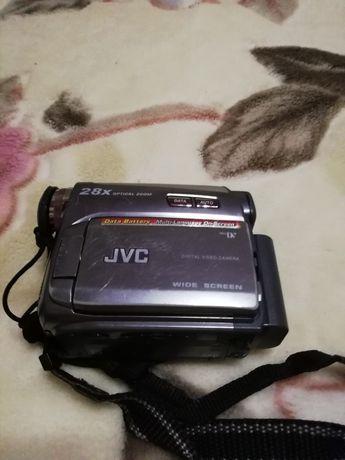 Видио камера jvc gr-d720