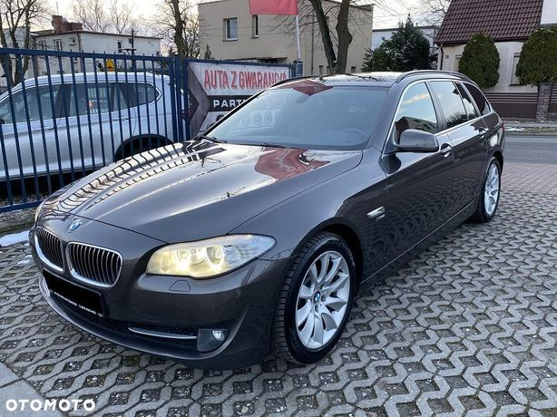 BMW Seria 5 530d X Drive 258ps Sportpakiet Kamera El. Klapa Navi LED Bezwypadkowa