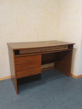 Письменный стол самовывоз