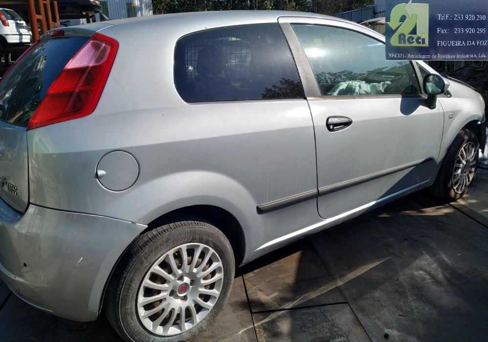 FIAT Grand Punto 1.3 multijet de 2009 para Peças