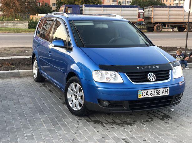 Продам Volkswagen Touran 1.6 benzin