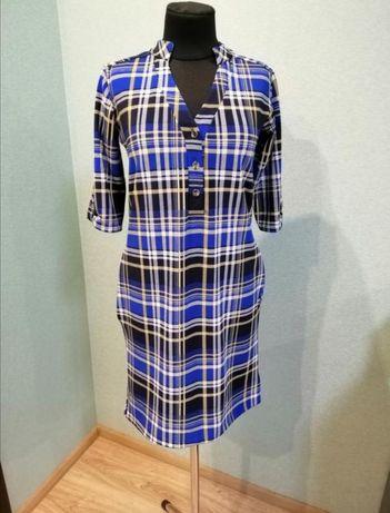 Плотное платье с рисунком