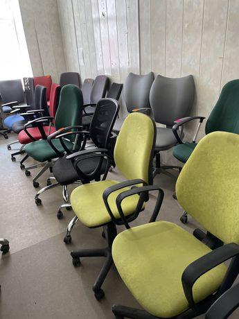 Кресла престиж на колесиках компьютерные РАСПРОДАЖА офисной мебели