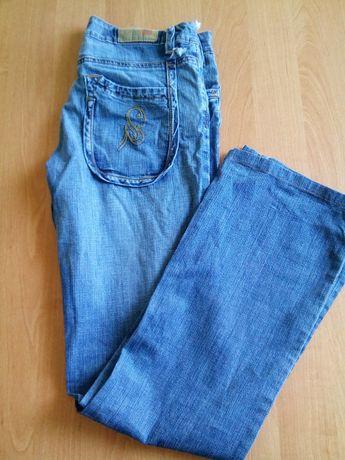 Мужские тонкие,летние джинсы.