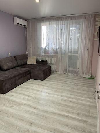 Продам 2 комнатную квартиру 4 мкрн. р-н Зила