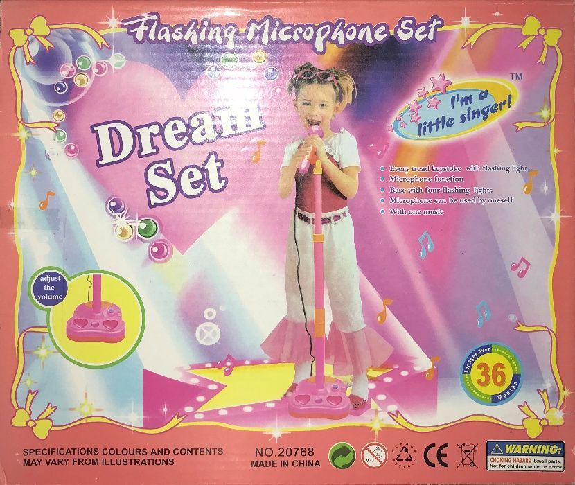 Duży Różowy Mikrofon ze Statywem Dream Set Zabawka