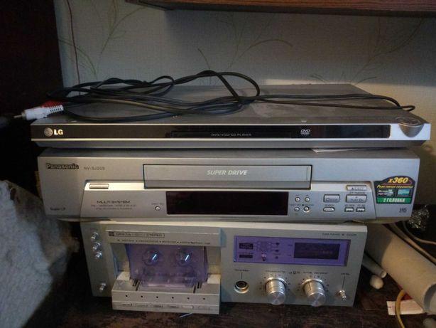 LG DVD плейер 400р