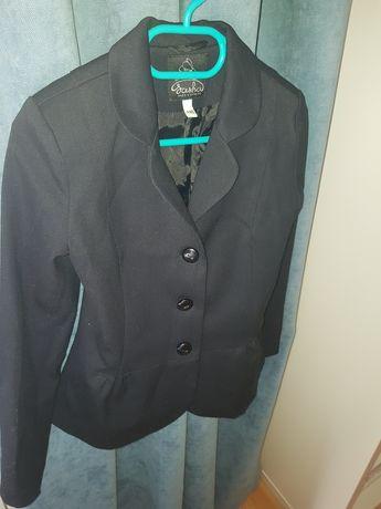 Продам пиджак 140