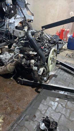 Колектор впускний Мотор 651 Mercedes Sprinter Двигатель 651 Колектор