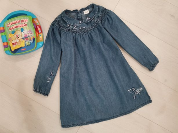 Фирменное красивое джинс платье NEXT Некст на 4-5-6 лет, 110 см