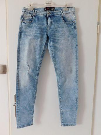 "Damskie spodnie Jeans ""Slim"", rozmiar 40"