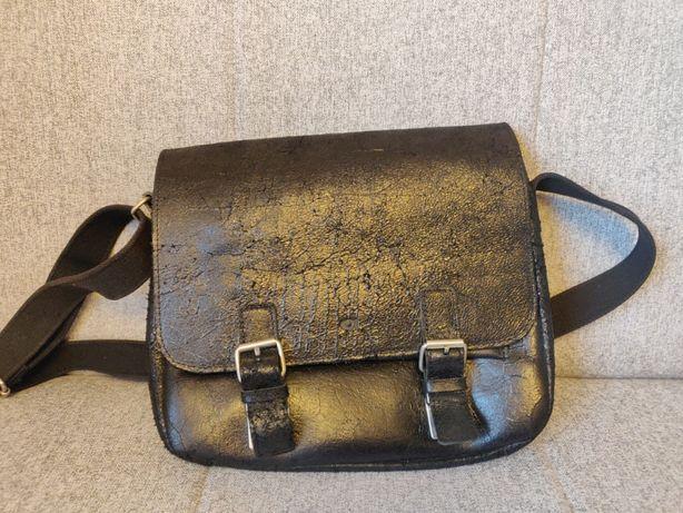 Skórzana torba na ramię DAAG Jazzy Wanted 32 listonoszka