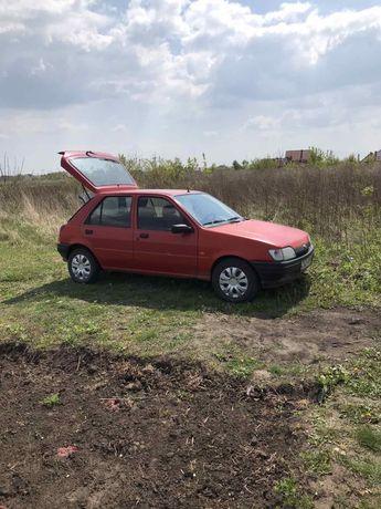 Ford fiesta 1996р. 1.3 бенз.