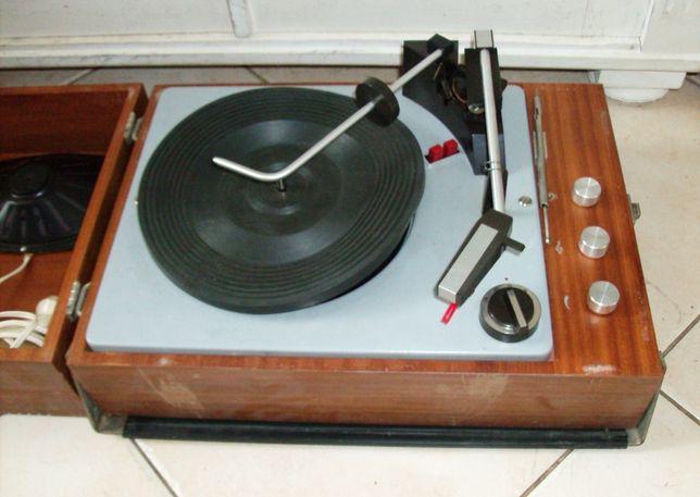 "Zabytek gramofon ""FONICA"" model: WG-510"