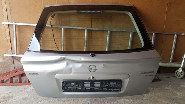 Tył klapa astra G hatchback Z 147