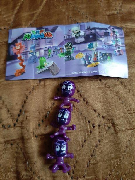 Герои в масках и Юла и игрушки из Киндр